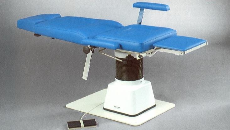 fotel_laryngologiczny_pacjenta_51013_jorgsohn