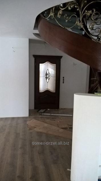 drzwi_z_krysztalkami_swarovskiego