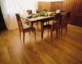 Podłogi wykonane z jednego masywnego kawałka drewna.
