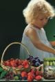 Dżemy owocowe. Różne smaki, pakowane w słoiczki po 100g netto.