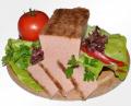 Pasztet mięsno podrobowy, mocno aromatyczny i smakowity.