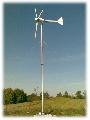 Elektrownie wiatrowe wytwarzające i magazynujące energię.