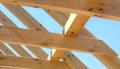 Więźba dachowa drewniana, produkcja i sprzedaż drewna budowlanego.