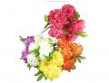 Barwne kwiaty sztuczne.