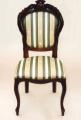 Krzesła antyczne.