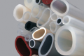 Węże silikonowe lite odporne a stosowane w przemyśle spożywczym środki myjące
