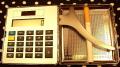 Papierośnica metalowa z kalkulatorem