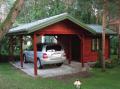 Wiata garażowa drewniana z pomieszczeniem gospodarczym