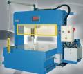 Prasy hydrauliczne Sicmi PMM z siłą nacisku od 150 do 600t