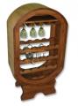 Stojak na wino i kieliszki wykonany z drewna sosnowego