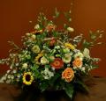 Kosze okazjonalne z kwiatów stabilizowanych idealne na prezent.