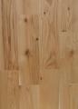 Deska podłogowa z dębu czerwonego w klasie rustik, idealna na podłogi do pomieszczeń w stylu rustykalnym lub prowansalskim.