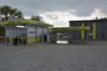 Myjnia samoobsługowa dla samochodów osobowych, ciężarówek i autobusów.