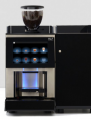Ekspres do kawy z lodówką  i dużym wyświetlaczem, możliwość zdalnego sterowania smartfonem