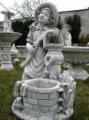 Figurki i fontanny ogrodowe