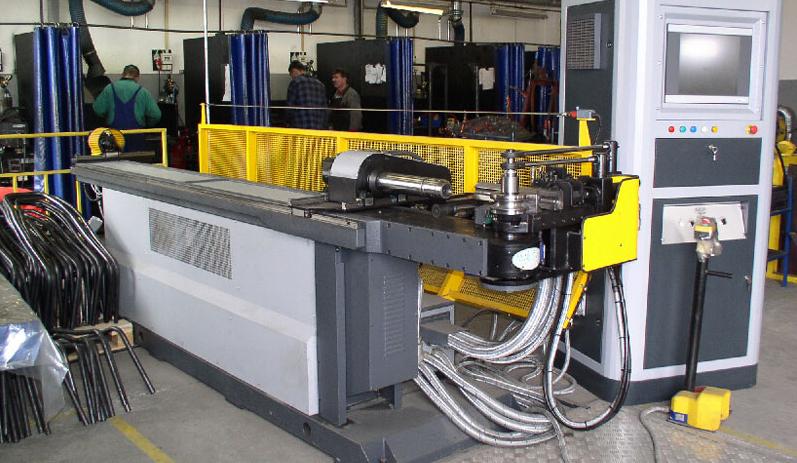 Zamówienie Gięcie rur stalowych i aluminiowych i profili standardowych