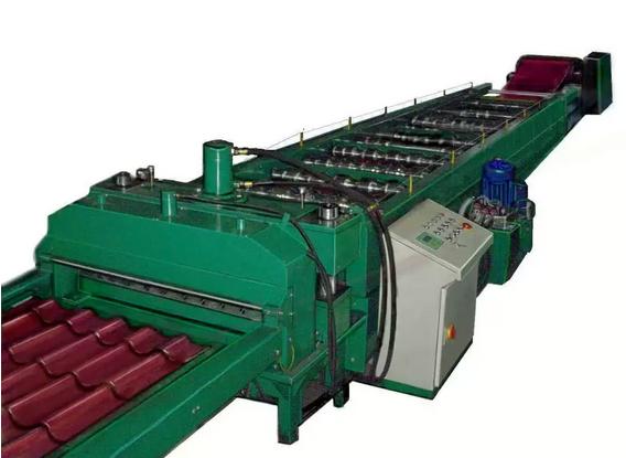Zamówienie Serwisujemy i regenerujemy maszyny i urządzenia do blach dachowych produkcji innych producentów. Zapewniamy krótkie terminy realizacji.