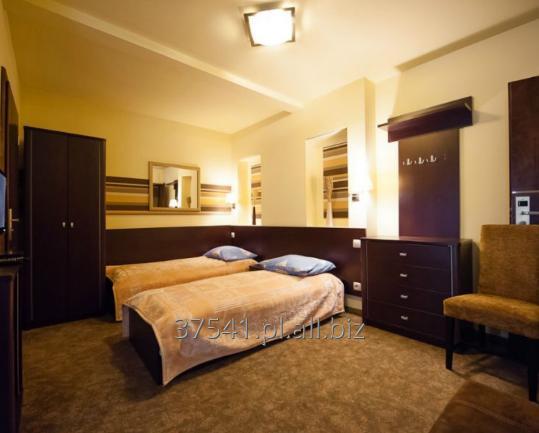 Zamówienie Pokoje wypoczynkowe w hotelach