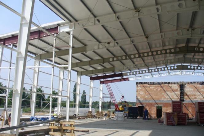 Zamówienie Produkcja i montaż konstukcji stalowych