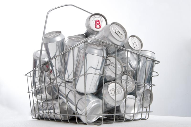 Zamówienie Recykling puszek aluminiowych
