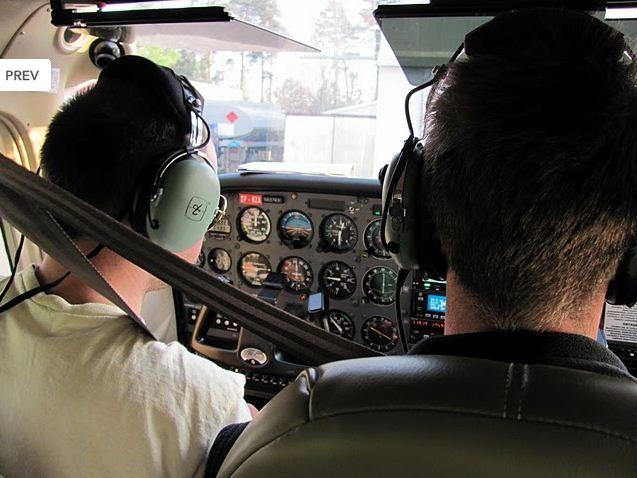 Zamówienie Szkolimy pilotów