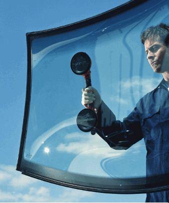 Zamówienie Wymiana szyb samochodowych