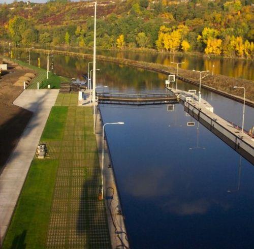 Zamówienie Hydrotechnika śródlądowa - regulacja brzegów rzek