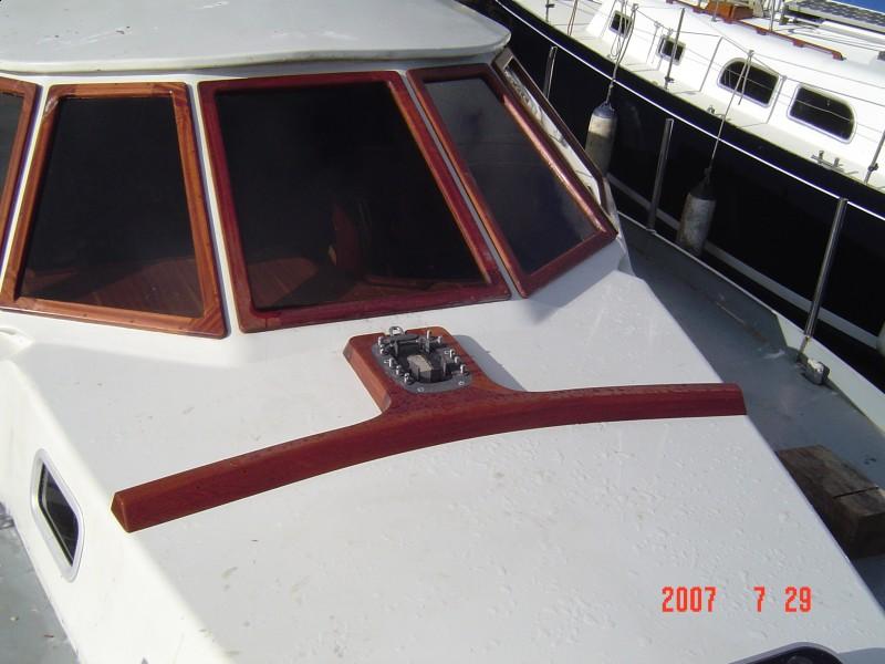 Zamówienie Naprawy kadłubów jachtów (laminat, drewno, stal)