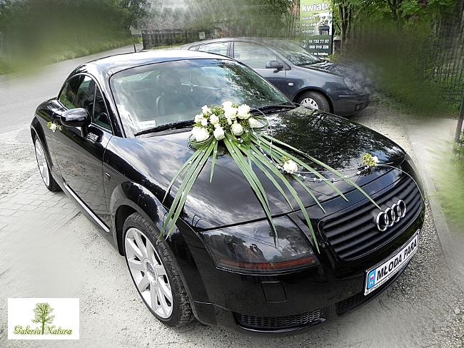Zamówienie Dekoracja auta