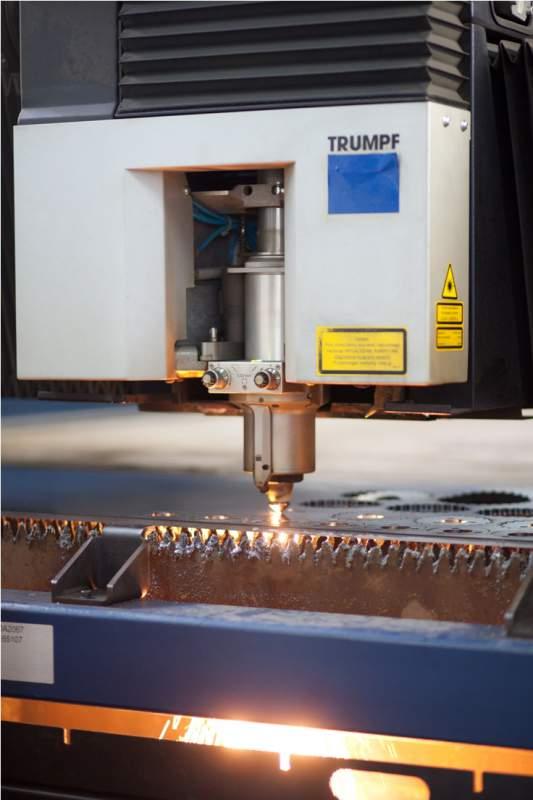 Cięcie laserem blach węglowych