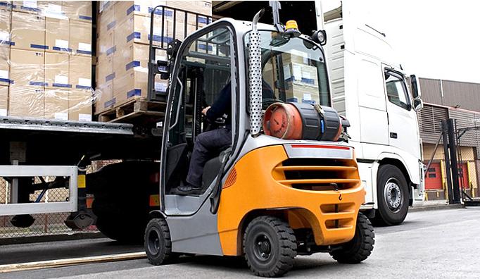 Zamówienie Transport drogowy krajowy i międzynarodowy