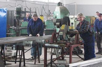 Zamówienie Budowa konstrukcji stalowych, wiat,hal magazynowych