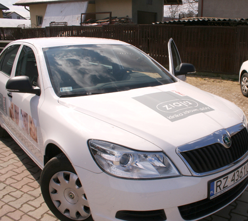 Zamówienie Reklama na samochodach