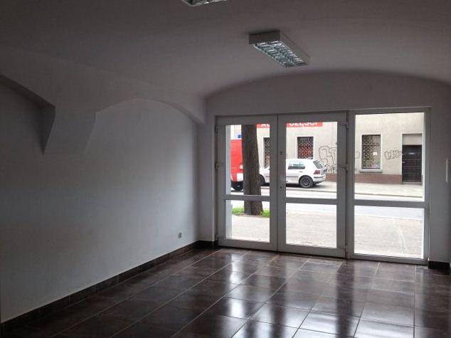Zamówienie Budowa centrum handlowo-biurowych