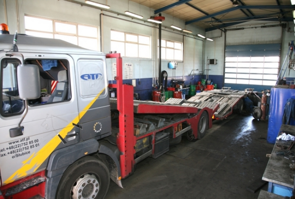 Zamówienie Całodobowy serwis samochodów ciężarowych