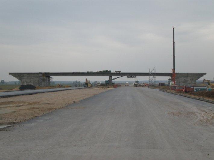 Zamówienie Budowa dróg, mostów