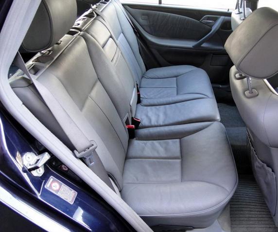 Zamówienie Tapicerowanie wnętrza samochodu