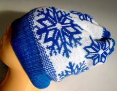 Oferujemy usługę dziania wyrobów dzianinowych na zlecenie, czapki, szaliki, swetry