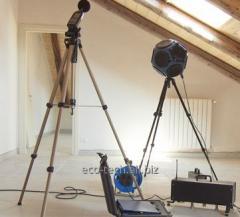 Pomiary rozprzestrzeniania się hałasu i wibracji w pomieszczeniach biurowych i produkcyjnych.