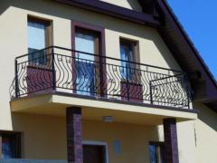 Produkcja i montaż balustrad balkonowych i schodowych