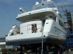 Elementy zabudowy jachtu