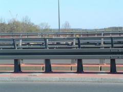 Montaż barier ochronnych,bariero-poreczy i barier mostowych