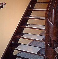 Usługi w zakresie budowy schodów drewnianych