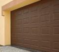 Usługa montażu drzwi garażowych.