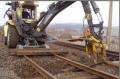 Układanie torów kolejowych i ogólne roboty torowe